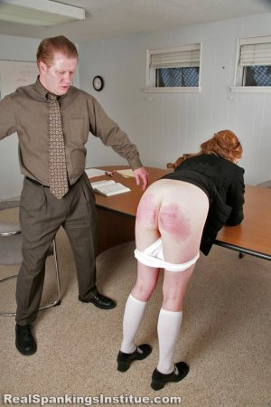 Real Spankings Institute - Lauren Is Punished By Danny (part 2 Of 2) - image 4