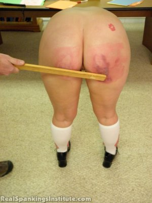 Real Spankings Institute - Frankie And Riley Punished By The Dean (part 4 Of 4) - image 10