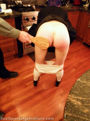 Real Spankings Institute - Lila Punished By The Assistant Dean (part 2 Of 2) - image 4