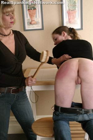 Spanking Bailey - Bailey Receives The Bathbrush - image 3