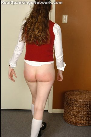 Spanking Bailey - Bailey: Strapped On The Bed - image 4