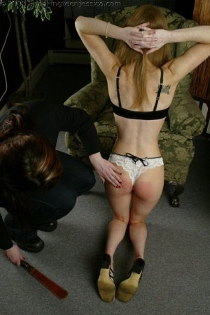 Spanking Teen Jessica - Faces: Jessica - image 2