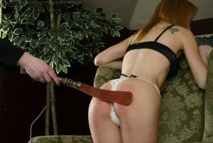 Spanking Teen Jessica - Faces: Jessica - image 4