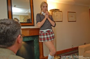 Firm Hand Spanking - Diva Bodyguard - F - image 8