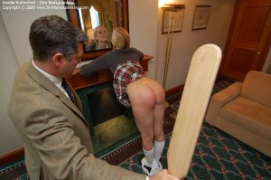 Firm Hand Spanking - Diva Bodyguard - F - image 14