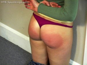Real Strappings - Jackie's Living Room Strapping - image 4