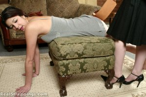 Real Strappings - Brandi's Bottom Is Strapped - image 3