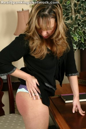 Real Strappings - Cindy: Strapped For Slacking - image 5