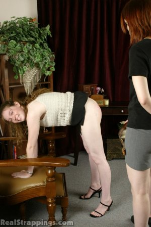 Real Strappings - Bailey Gets A Hard Belting - image 3
