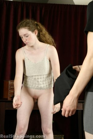 Real Strappings - Bailey Gets A Hard Belting - image 7
