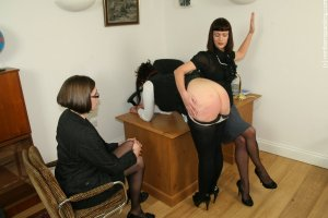 Northern Spanking - The Drugs Don't Work - Full - image 8