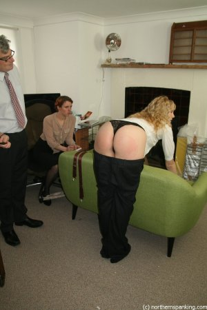 Northern Spanking - Improving Circulation - Full - image 9