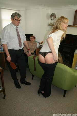 Northern Spanking - Improving Circulation - Full - image 6