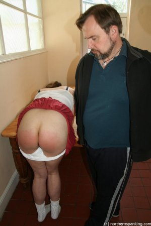 Northern Spanking - Getting Out Of Games - Full - image 6