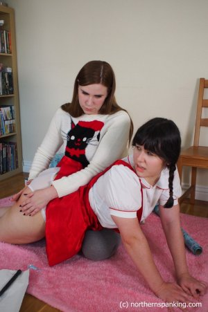 Northern Spanking - What She Really Wanted For Christmas - Full - image 4
