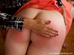 Northern Spanking - Missed The Meeting - image 2