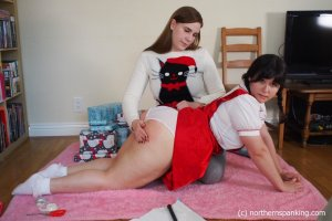 Northern Spanking - What She Really Wanted For Christmas - Full - image 18