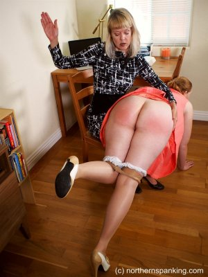 Northern Spanking - Missed The Meeting - image 15