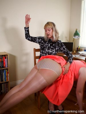 Northern Spanking - Missed The Meeting - image 17