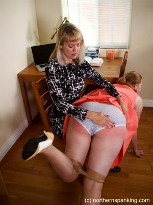 Northern Spanking - Missed The Meeting - image 16