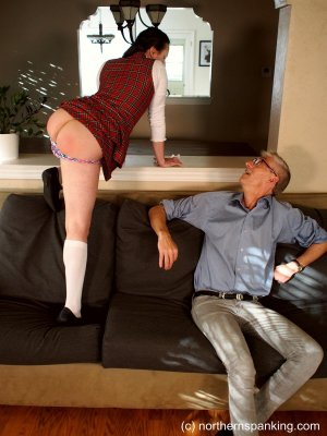 Northern Spanking - Hd Films - Casey's Christmas List - image 6
