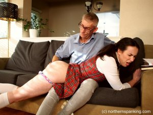 Northern Spanking - Hd Films - Casey's Christmas List - image 8