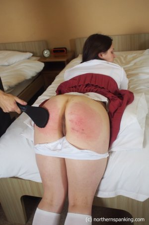 Northern Spanking - Left Behind - image 6