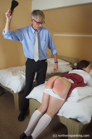 Northern Spanking - Left Behind - image 8