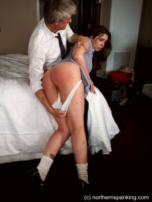 Northern Spanking - The Artful Dodger - image 10