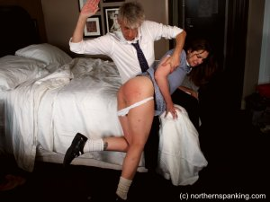 Northern Spanking - The Artful Dodger - image 5