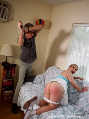 Northern Spanking - Cookies Won't Cut It - image 4