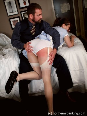 Northern Spanking - Making Time For Punishment - image 2