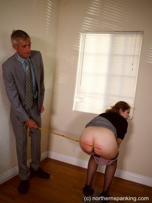 Northern Spanking - Apricot's Punishment - Full - image 4