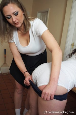 Northern Spanking - The Slipper: Part Three - image 8