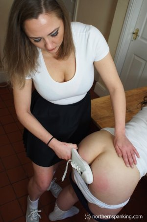 Northern Spanking - The Slipper: Part Three - image 4
