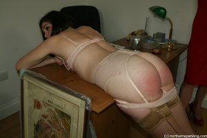 Northern Spanking - Auction House - image 2
