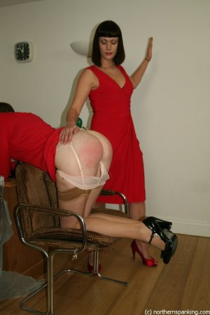 Northern Spanking - Auction House - image 4