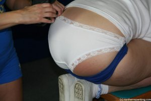 Northern Spanking - E For Effort - image 4