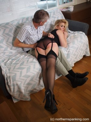 Northern Spanking - Haircut For Darius - image 16
