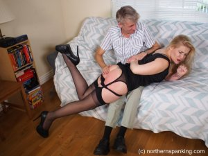 Northern Spanking - Haircut For Darius - image 11