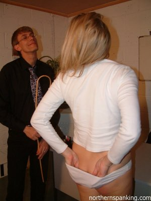 Northern Spanking - Andi's Lunch Appointment - image 18