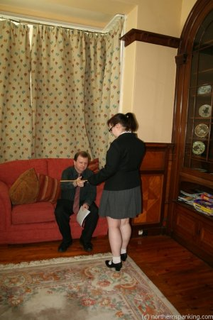 Northern Spanking - Bottom Of The Class - image 3