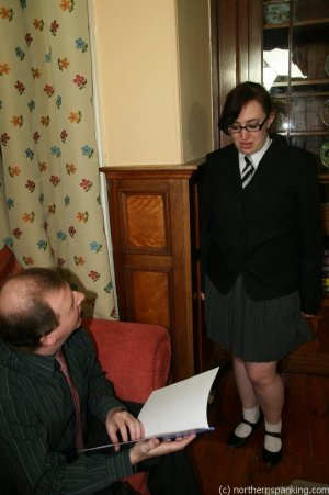 Northern Spanking - Bottom Of The Class - image 12