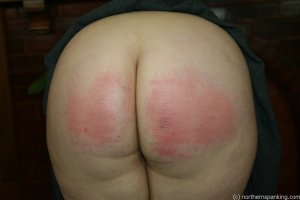 Northern Spanking - Bottom Of The Class - image 8