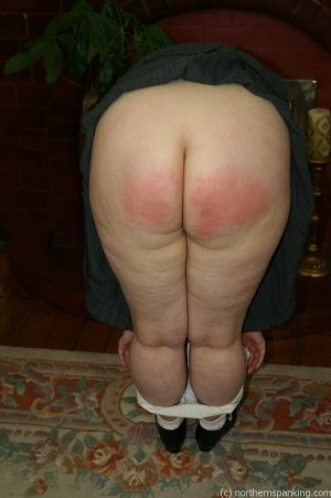 Northern Spanking - Bottom Of The Class - image 17