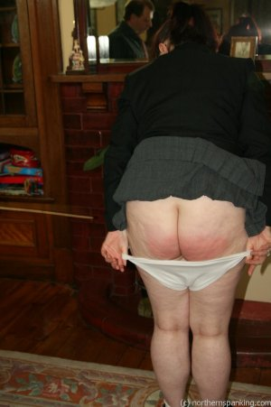 Northern Spanking - Bottom Of The Class - image 16
