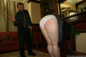 Northern Spanking - Bottom Of The Class - image 6