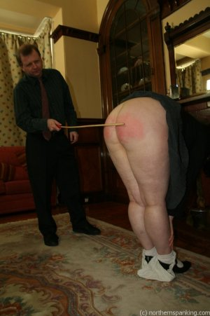 Northern Spanking - Bottom Of The Class - image 14