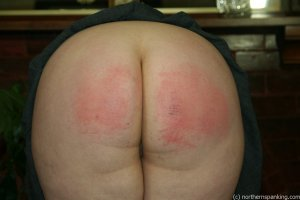 Northern Spanking - Bottom Of The Class - image 18