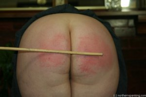 Northern Spanking - Bottom Of The Class - image 11
